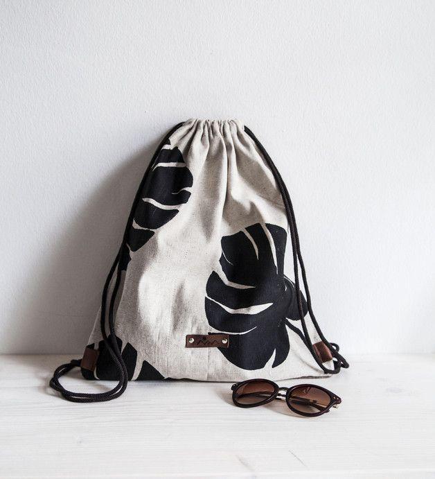 Turnbeutel aus Leinen mit Palmendruck / gym bag, hipster with ...