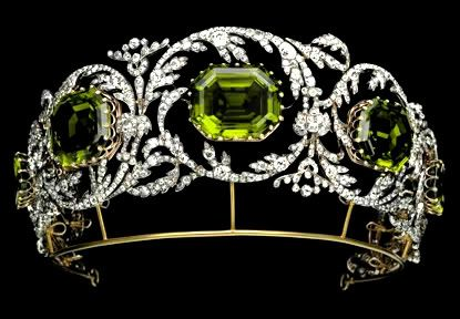 The tiara, without the additional pear-shaped drops, is now part of the Albion Arts collection, Japan.