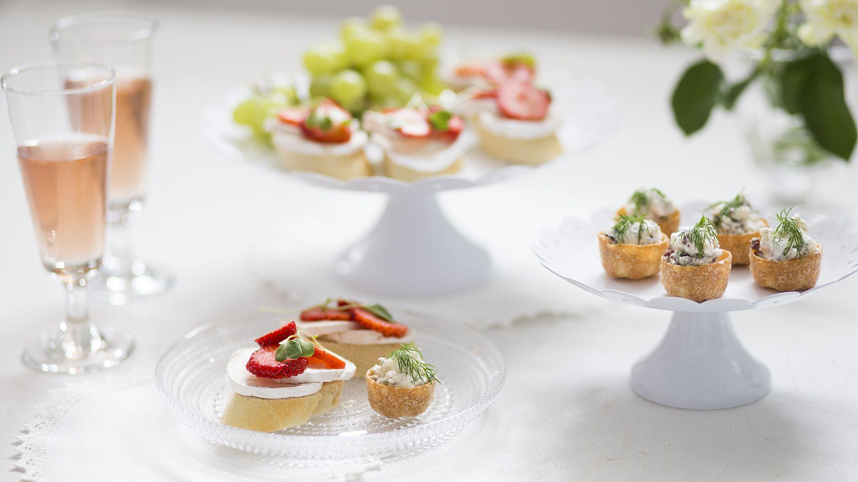 Juhlat edessä ja ideat lopussa? Poimi juhlapöytään kevään kymmenen houkuttelevinta cocktailpalasuosikkia.