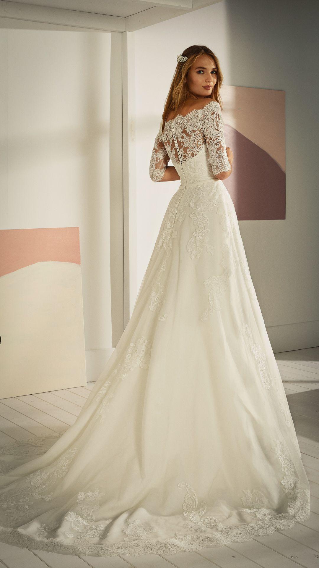 Hochzeitskleider 20 White One Kollektion Modell OSSA C ...