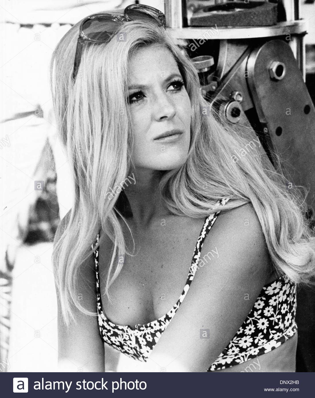 Ass Meredith MacRae naked photo 2017