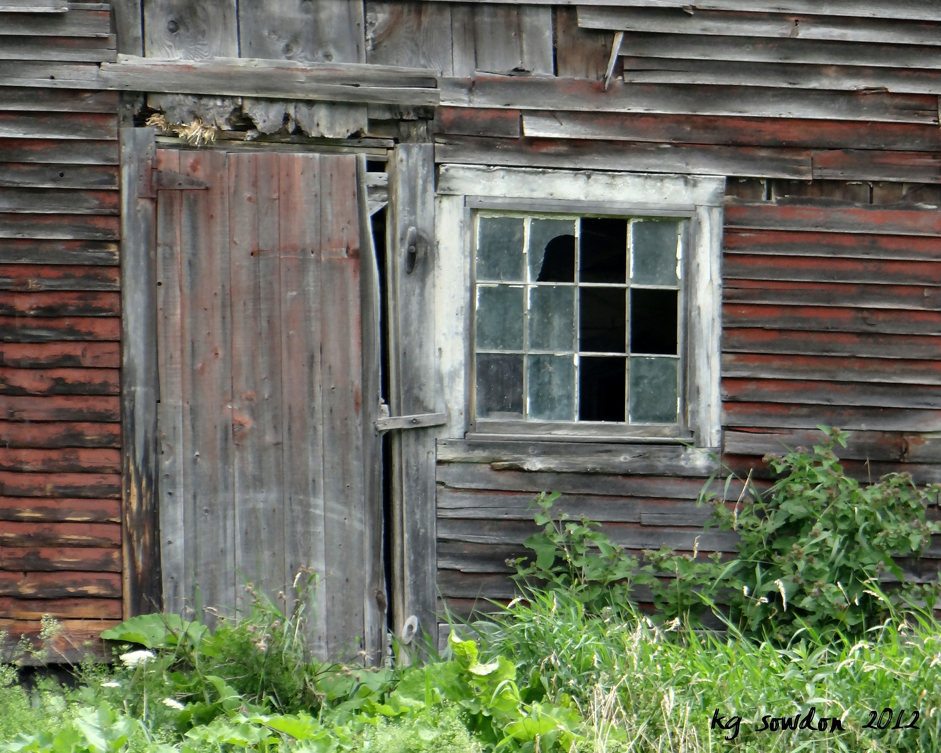 Fabulous Broken Windows Empty Rooms Nobody Lives Here Anymore Download Free Architecture Designs Itiscsunscenecom