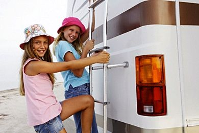 A Beginner's Guide to RV Family Vacations - Family Vacation Critic