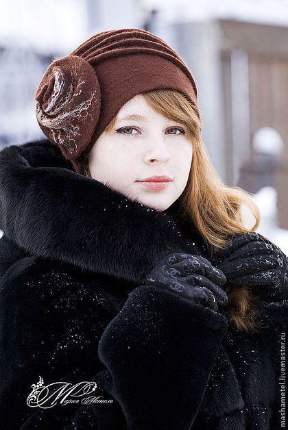 Купить или заказать Шляпка 'Бесконечность' (2) в интернет-магазине на Ярмарке Мастеров. Шляпка выполнена в технике 'Мокрое валяние' из натуральной шерсти 'Меринос'. Могу повторить в другом цвете и размере. Шляпка на подкладе.
