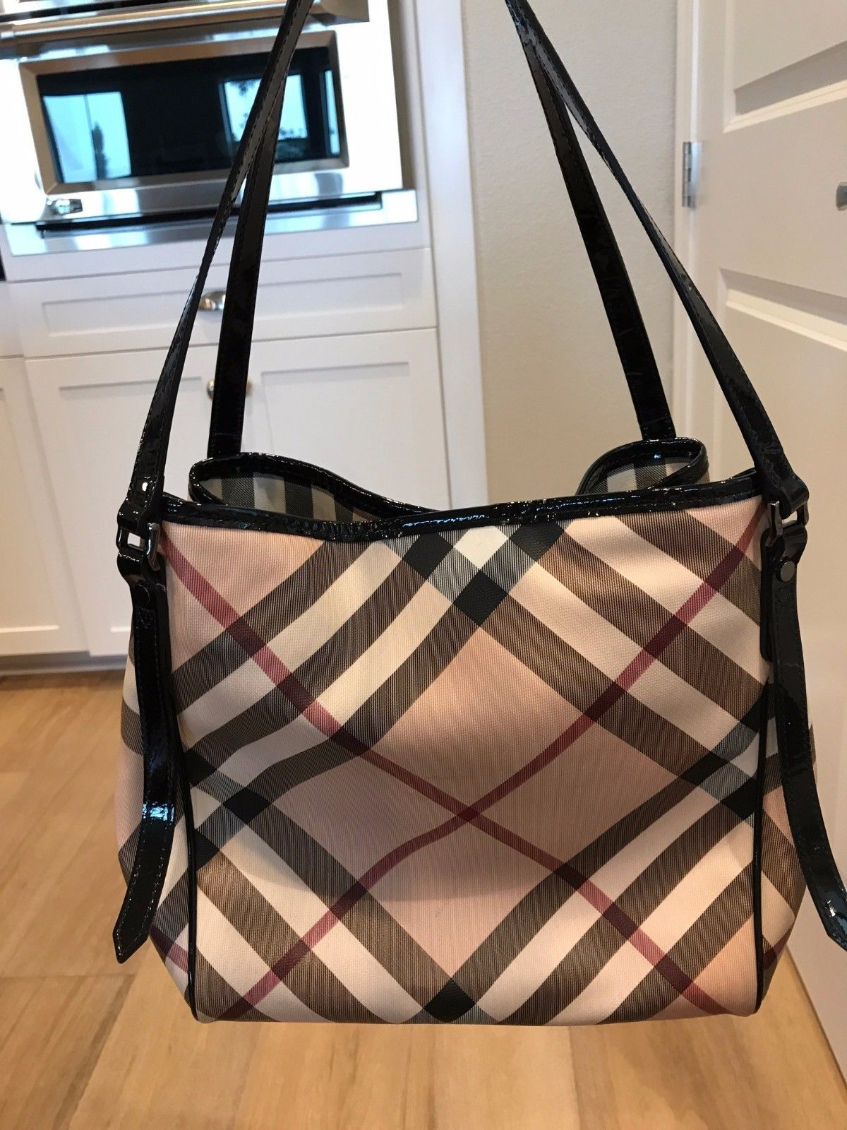 697d16f1b2f1 BURBERRY Black Patent Leather Nova Check Coated Canvas Small Canterbury Tote  Bag