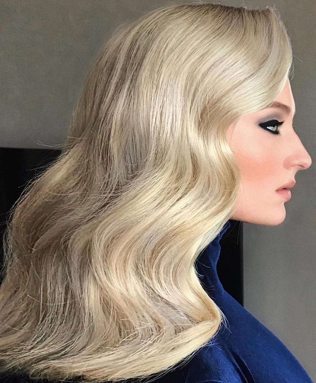 Balanced Color Smooth Waves Set Shining Is It Just Us Or Is This Look By Wellaartist Sonyadove Celebrity Ambassador Cwood Hair Blonde Beauty
