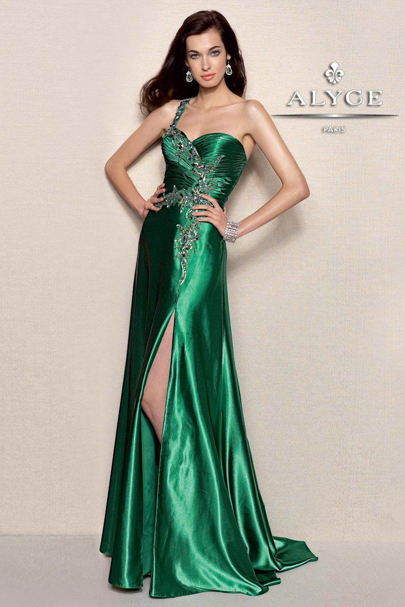 Emerald green prom dress  Alyce Paris  on terrycosta  Make your guest envious with this