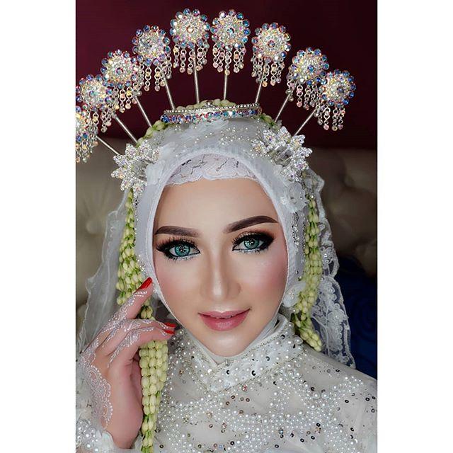 Wanto Wedding Gallery Lamongan On Instagram Spesial Pengantin Soloputri Muslim Tanpa Paes Make Up Wwglamo Kerudung Pengantin Rias Wajah Pengantin Pengantin