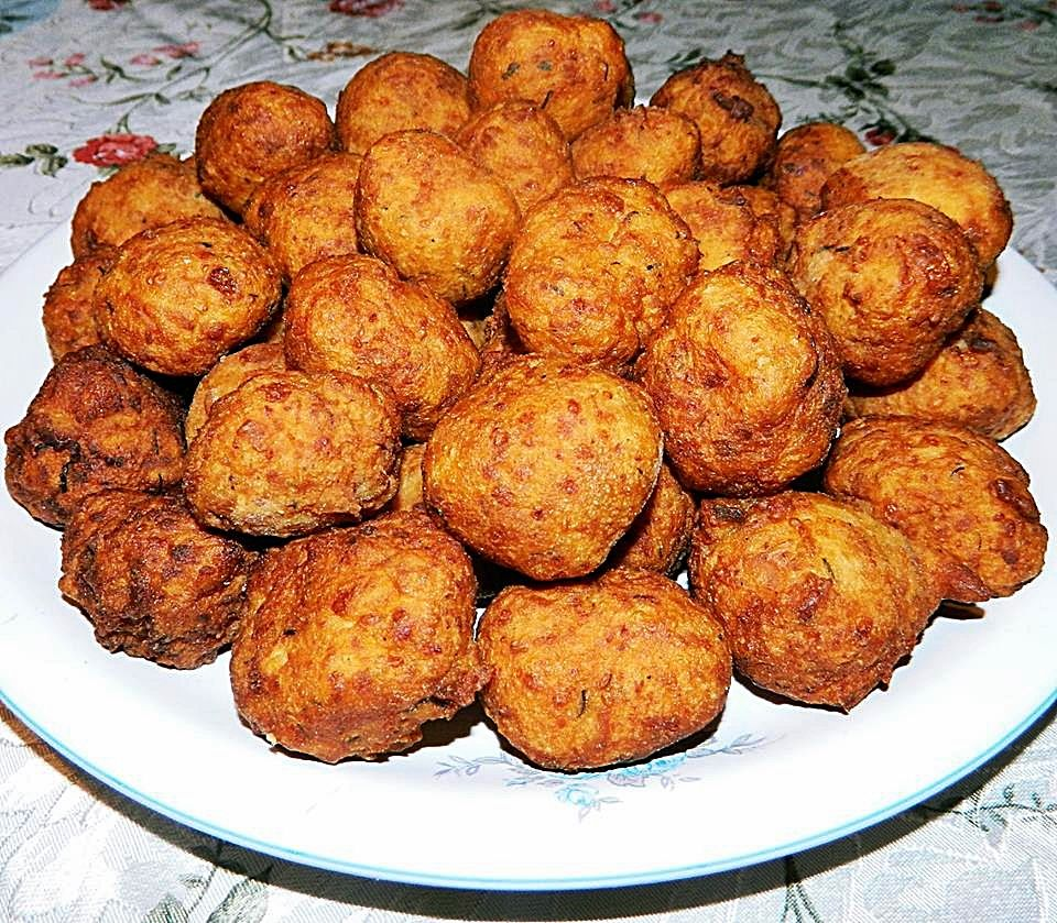 Chiftelute de cartofi si cascaval