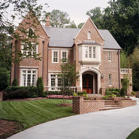 Tudor Style Home Ideas That Bring Old World Style into the Modern Age