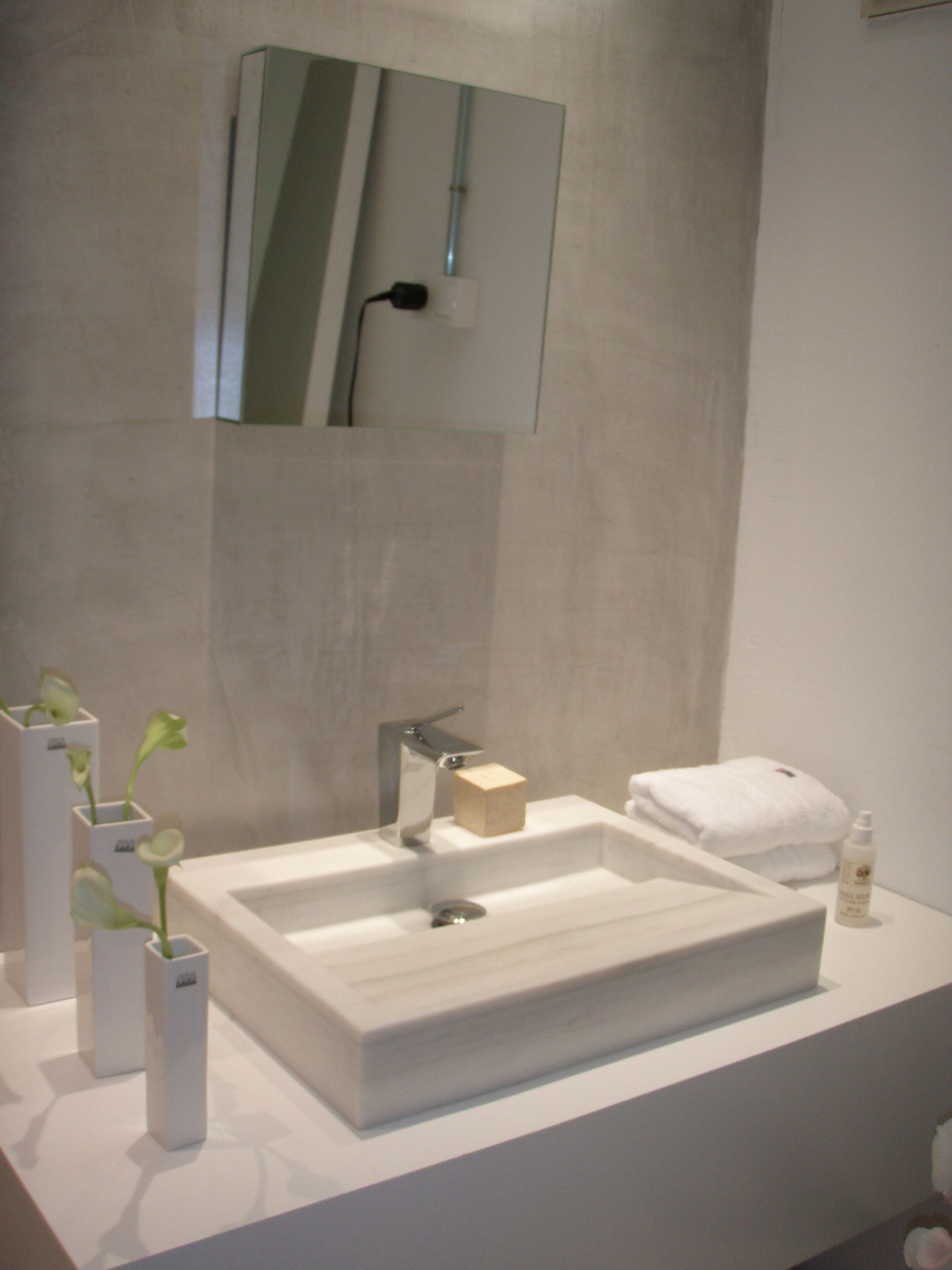 Lavabo macizo de marmol blanco macael decoraci n ba os - Losas de bano ...