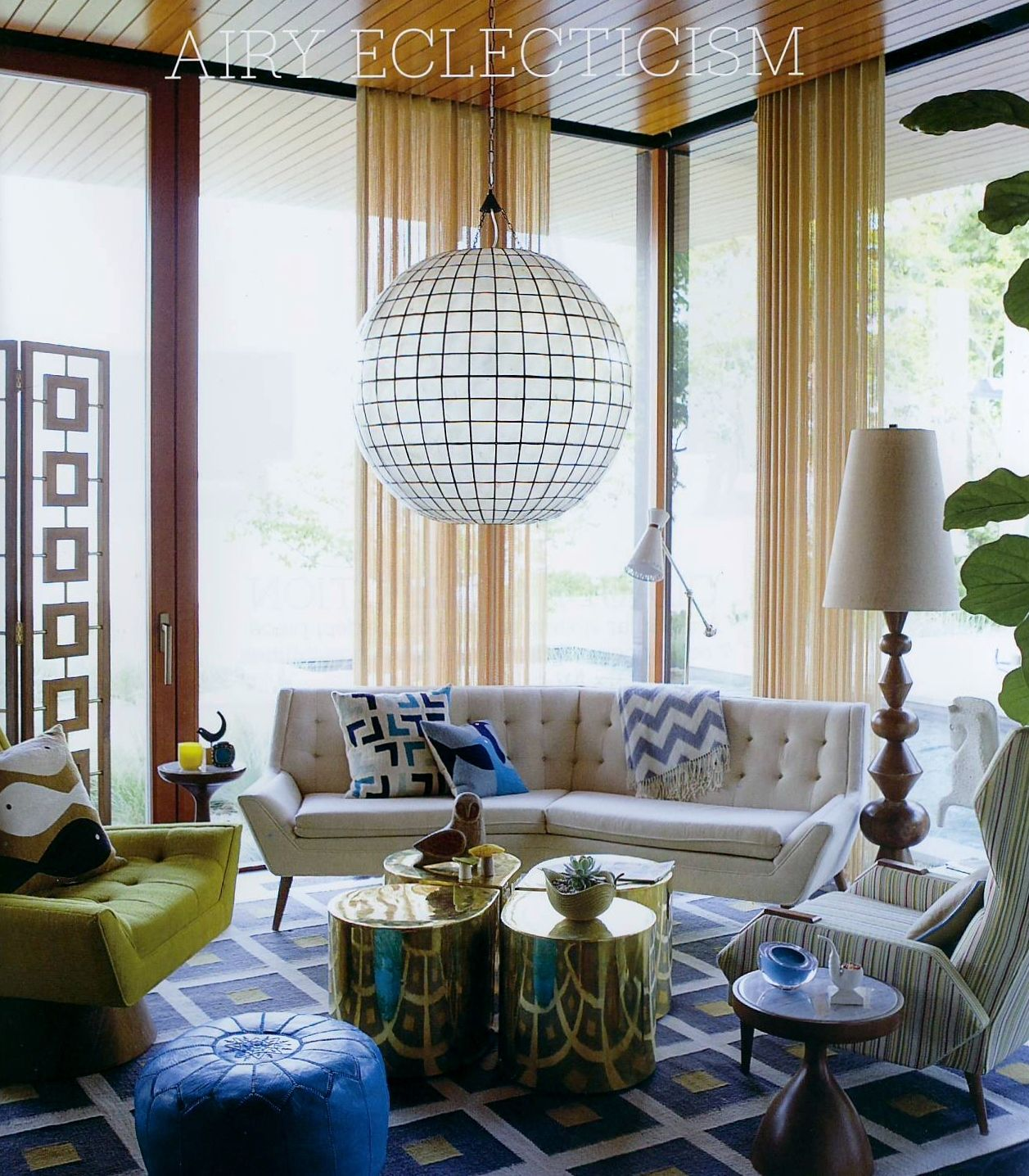 Glam it up jonathan adler 39 s catalog of happy chic for Glam modern living room