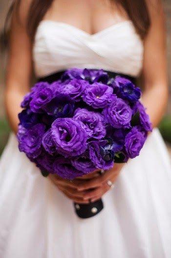 Kalendarz Kwiatow Sezonowych Purple Bridal Bouquet Purple Wedding Inspiration Purple Wedding Flowers