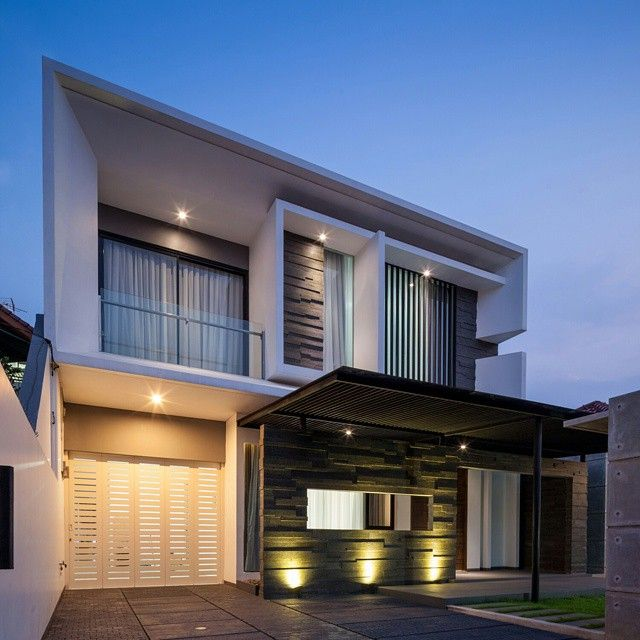 Splow House Delution Architect: Clear Sky At Delta Cassabella House Sidoarjo Andy Rahman