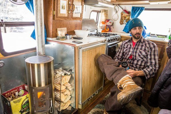 Tricked out mobile home offers new twist on off-the-grid living in Alaska - Tricked Out Mobile Home Offers New Twist On Off-the-grid Living In