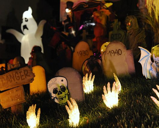 Food-Celebrations - Budget Halloween decorating strategies to trick - halloween decorations at walmart