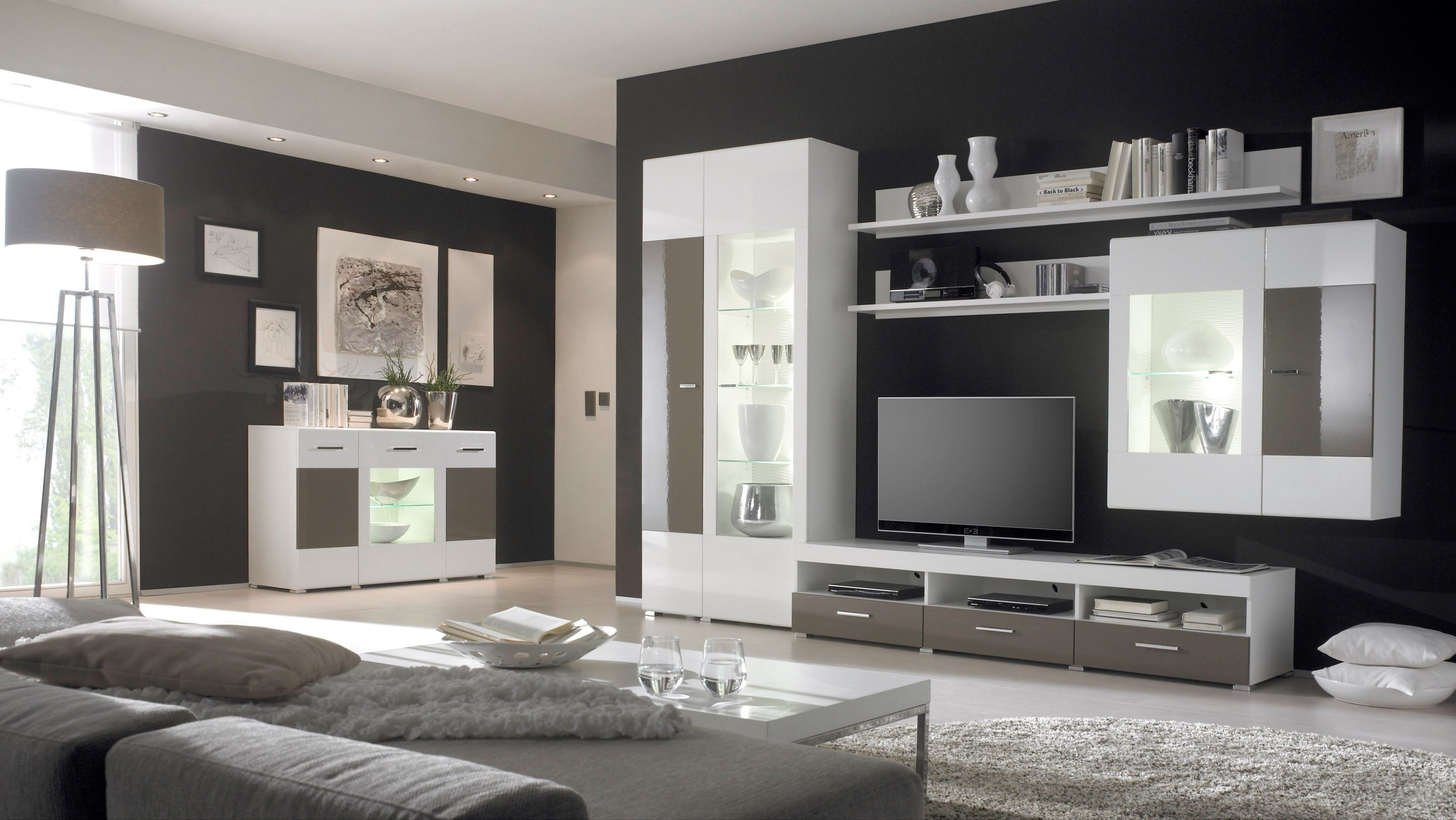 brillant wohnzimmer modern streichen viesu istaba. Black Bedroom Furniture Sets. Home Design Ideas