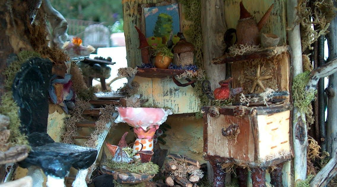 Here are some more pictures of our beautiful Fairy Castle. The first picture is of the kitchen, with it's little stove and pots and pans, fo...
