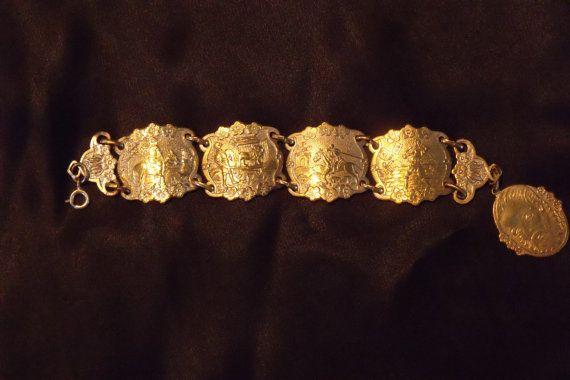 Vintage 50's Aluminum Eloxal Panel Bracelet Shakespeare Theme Panel Bracelet Gold Tone Vintage Bracelet