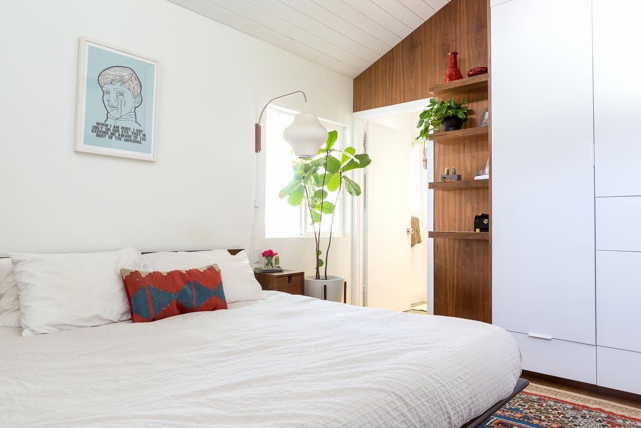 a vaulted vibrant los angeles home los angeles angeles and beams