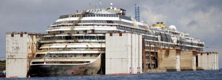 Costa Concordia readies for final voyage