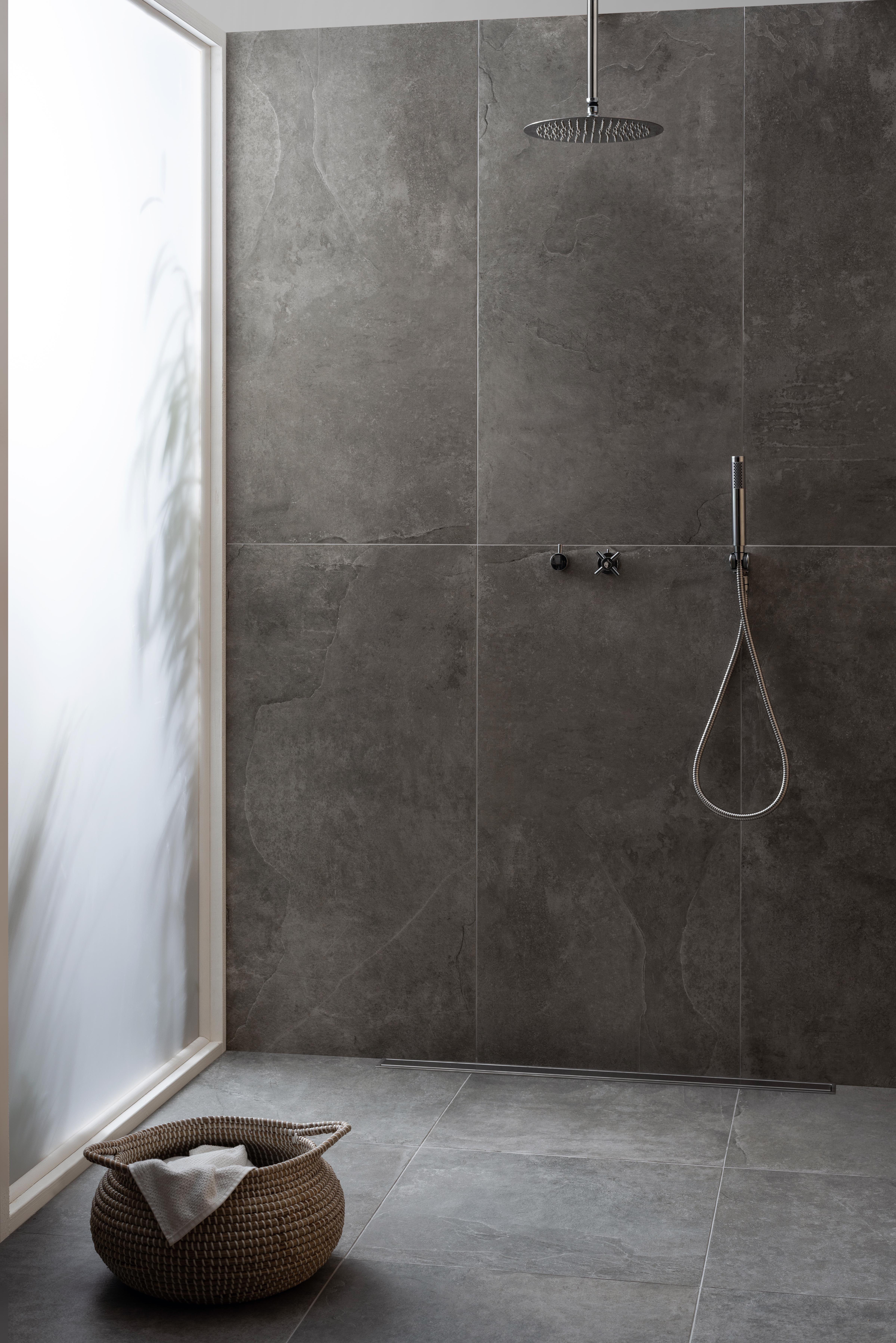Choose Concrete Flooring For Contemporary Style Concrete Bathroom Bathroom Concrete Floor Concrete Tiles Bathroom