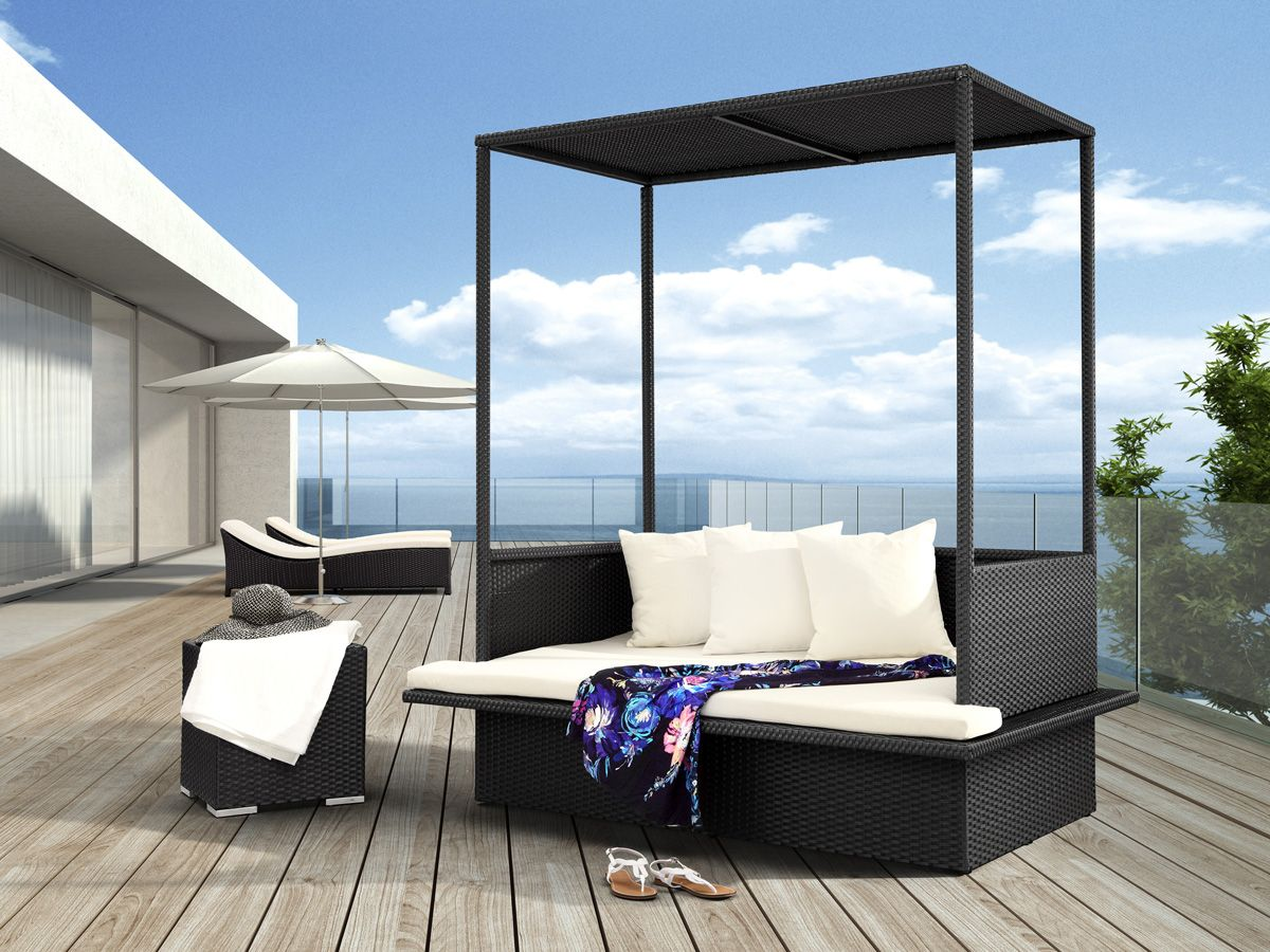 catch a midday nap on these outdoor patio daybeds