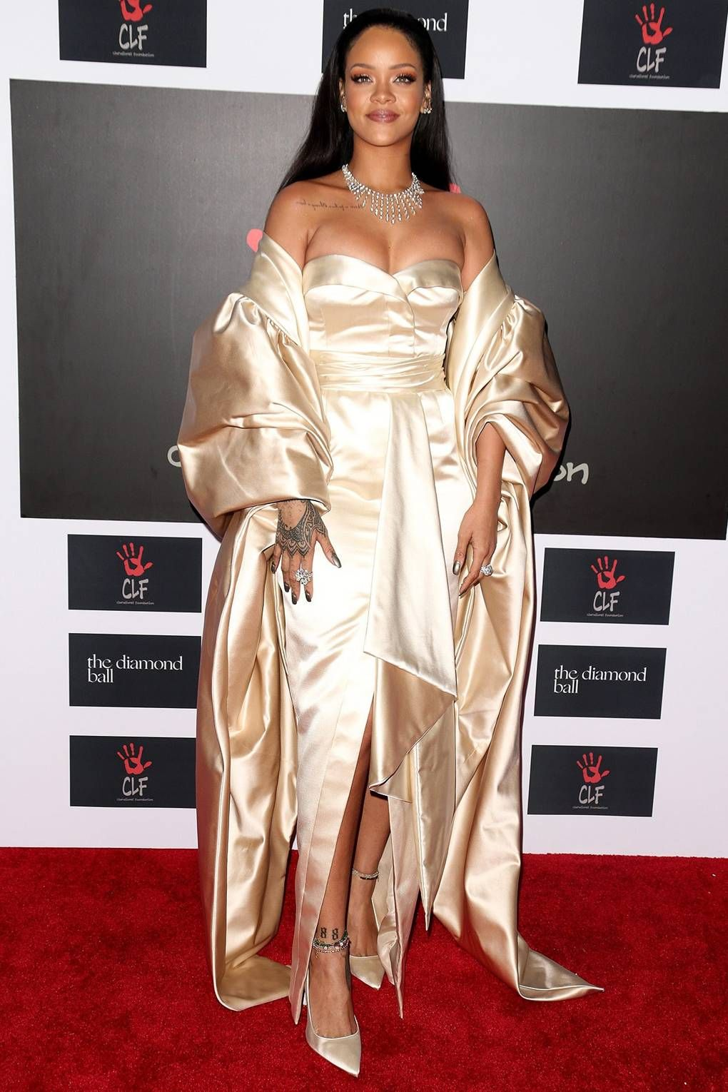 502913795737 Everyone's wearing: SATIN | Beautiful Satin | Rihanna dress, Rihanna ...