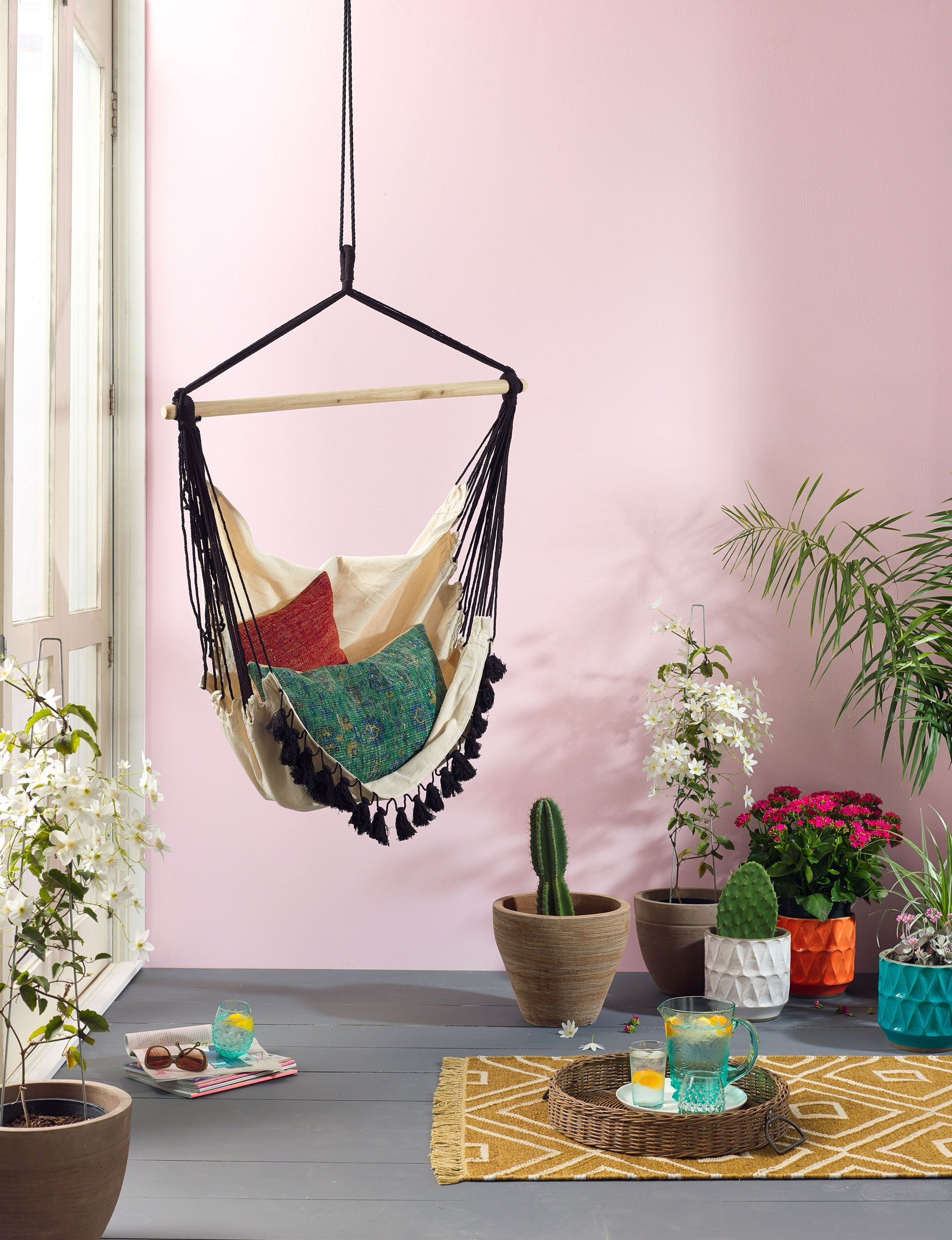 Boho chic amazing hammocks that add a bohemian flair to your home