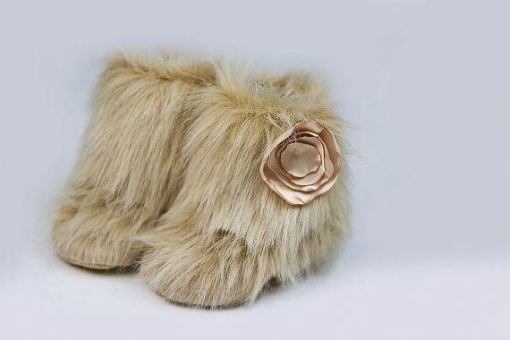 a1ab26e26a7b2 ON SALE - Tan Cream Faux Fur Boots for little girls from 0 - 18 Months -  Baby Shower