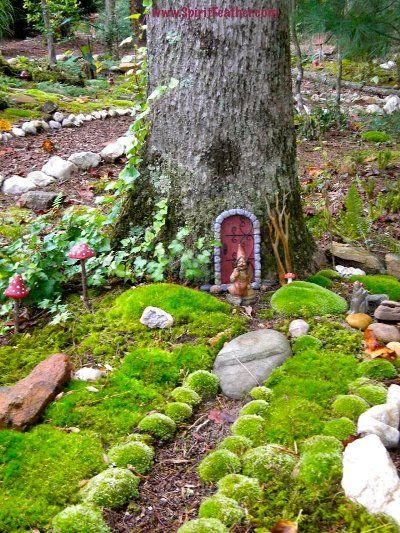 Fairy gardens your diy tips anita earnest 39 s fairy door for Miniature fairy garden doors