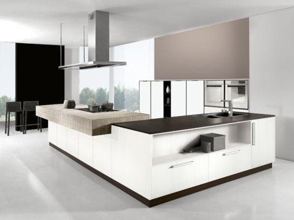 """Cucina angolare moderna finitura bianco """"seta"""" con piano"""