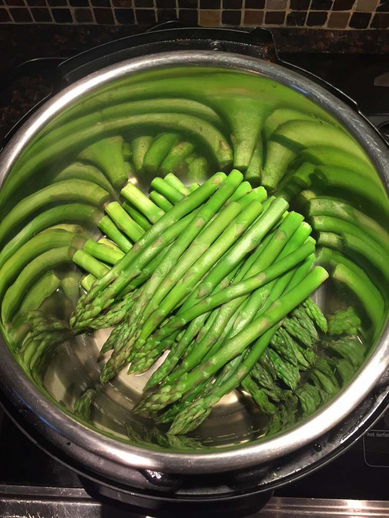 Instant Pot Asparagus – Pressure Cooker Steamed Asparagus Recipe