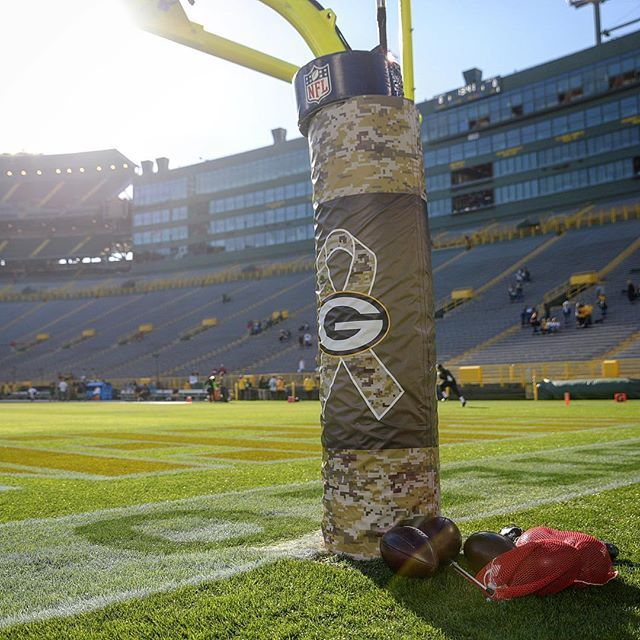 detailed look 94ede 5cd4a Green Bay Packer Salute to Service | Green Bay Packers ...