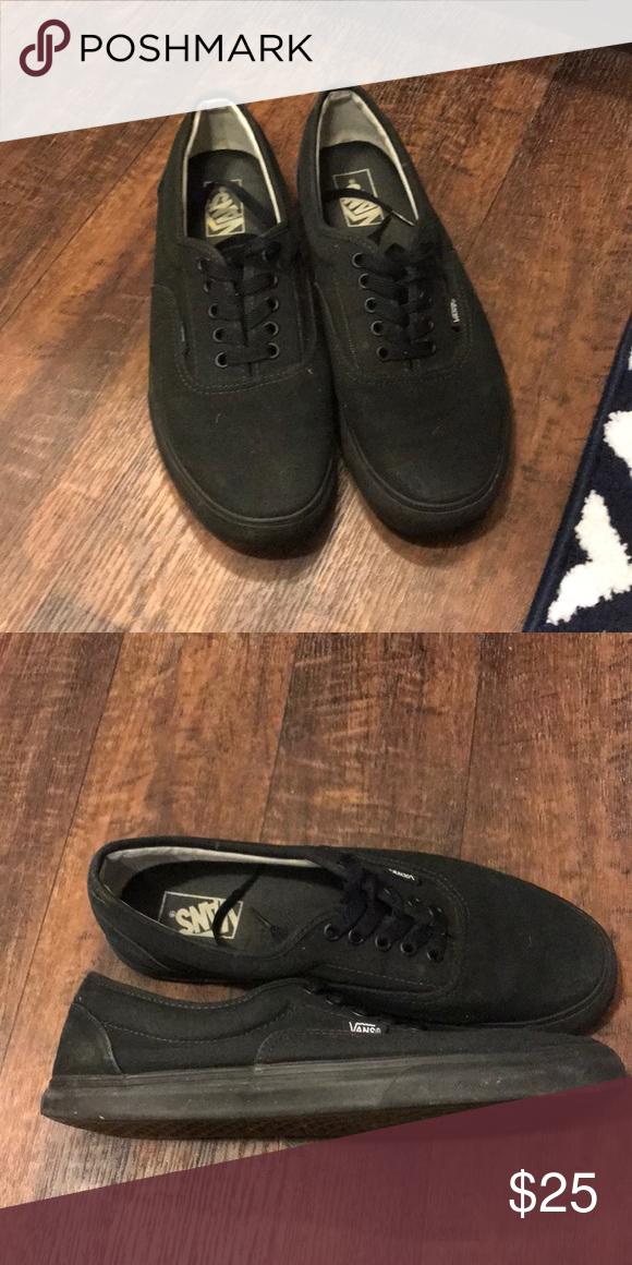 73415415de2d6a Men s Vans Lace up GUC Vans Black on Black lace up shoes Vans Shoes