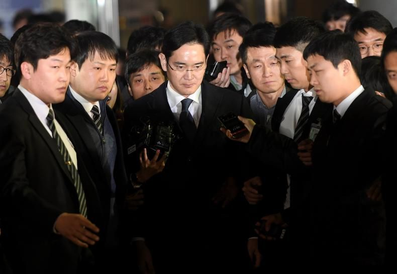 Samsung Group chief Jay Y. Lee was arrested early on Friday over his alleged role in a corruption scandal rocking the highest levels of power in South Korea, dealing a fresh blow to the world's biggest maker of smartphones and memory chips. http://www.reuters.com/article/us-southkorea-politics-samsung-group-idUSKBN15V2RD