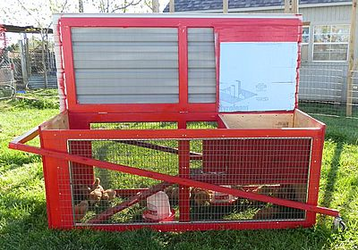 Top load chicken tractor.   thecitychicken.com gallery