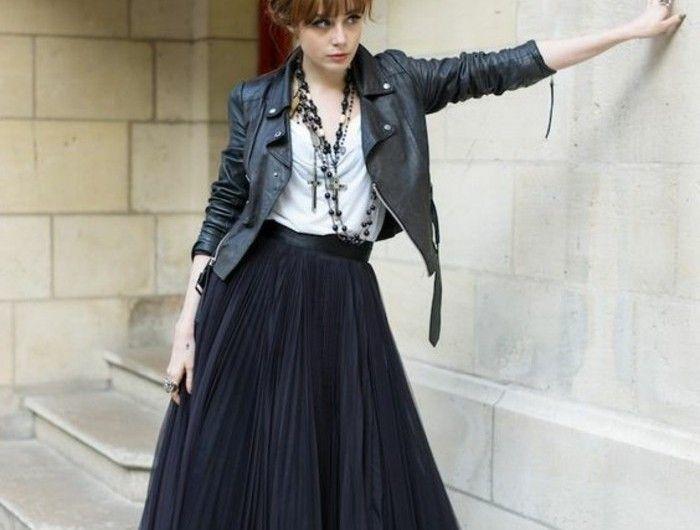 11831a7c0c4c8f Comment porter la jupe tutu   FS : B/N   Jupe tulle noire, Pandora ...