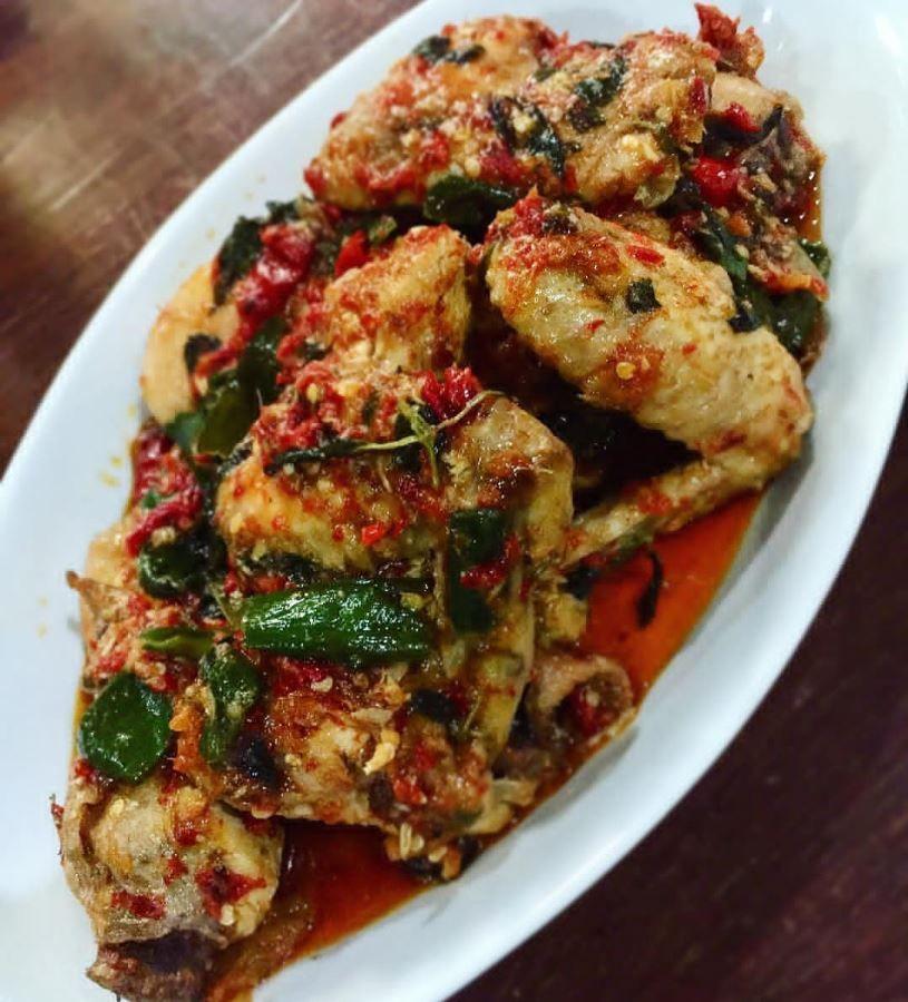 Resep Ayam Rica Rica Kemangi Pedas Resep Ayam Resep Masakan Makanan Dan Minuman