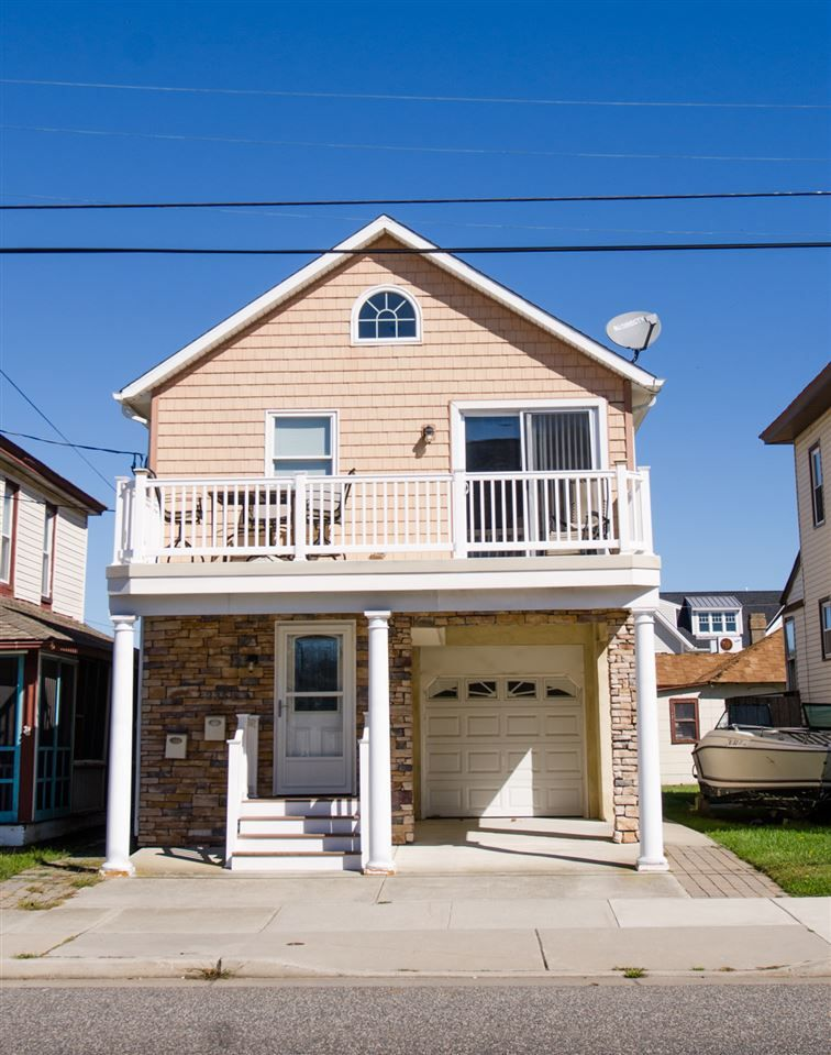 Cape islands realty this beautiful 2 bedroom 2 bath