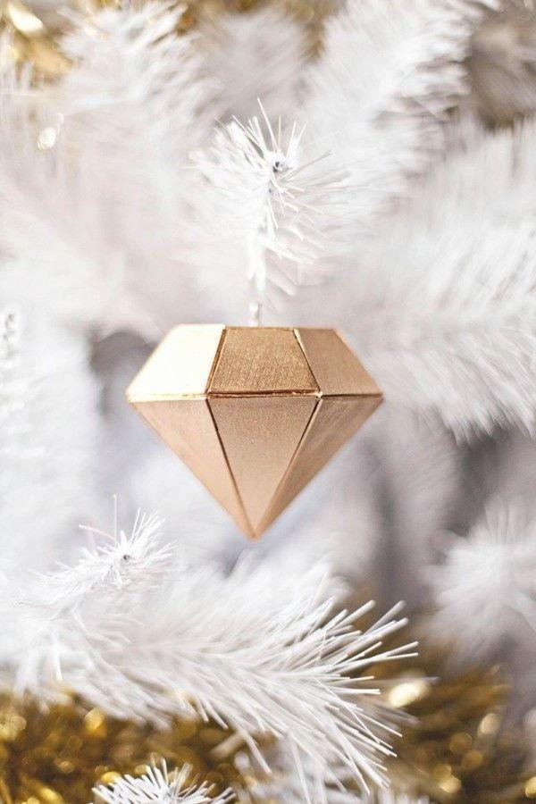DIY | Déco de Noel à faire soi-même : 40 idées créatives à faire ! #ideedeconoelafairesoimeme Déco de Noel à faire soi-même : 40 idées créatives faites maison ! #ideedeconoelafairesoimeme