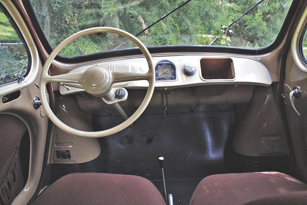 Renault 4CV 1949