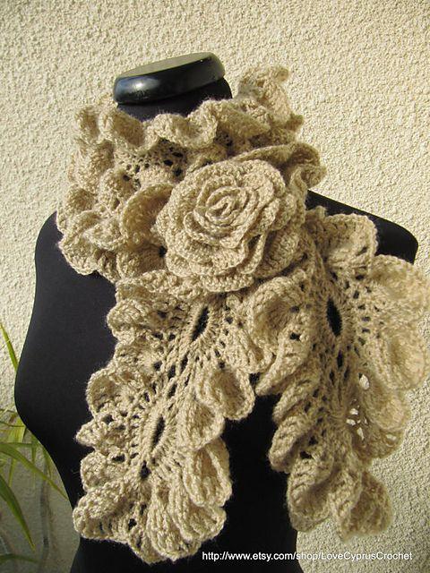 Chunky Crochet Ruffle Scarf \