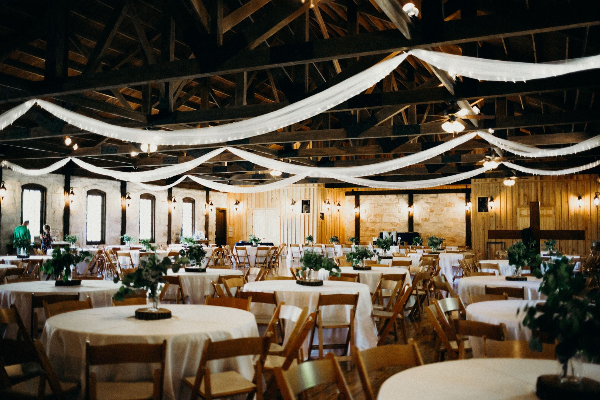 Beautiful Reception Hall That Can Hold Over 300 Guests Near The