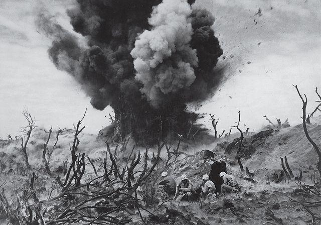 A la sombra de una explosión (Iwo Jima, 1945)