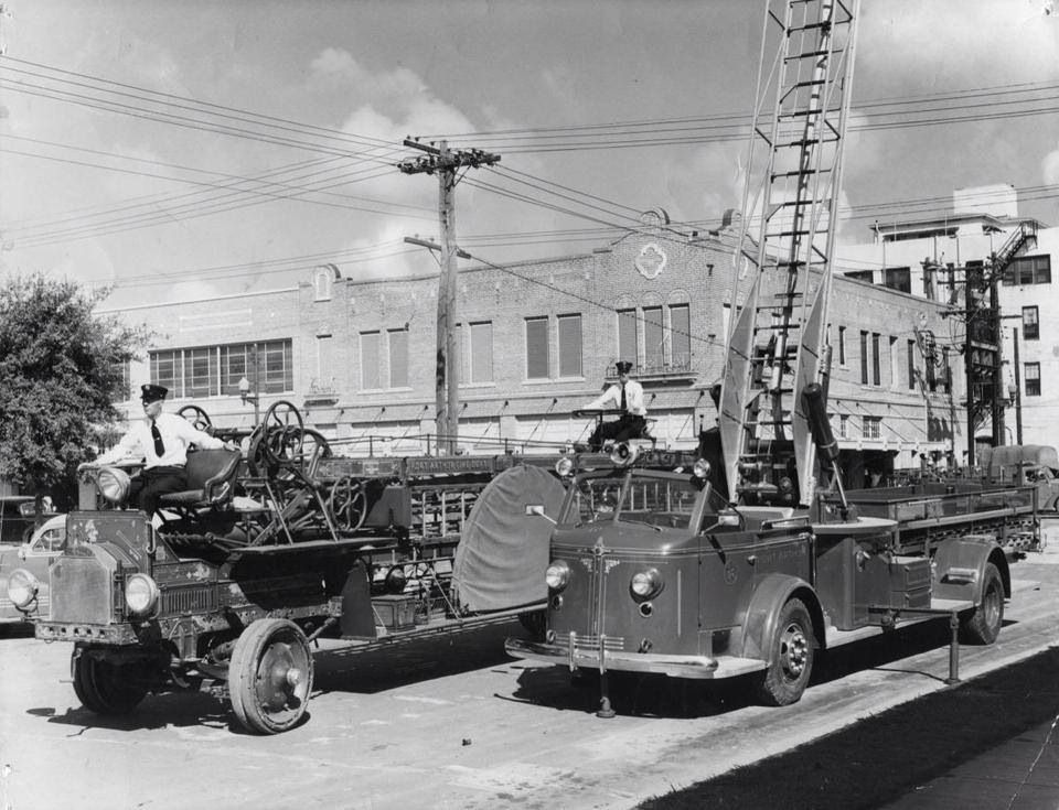 1949 Port Arthur, Texas Fire trucks, Fire apparatus