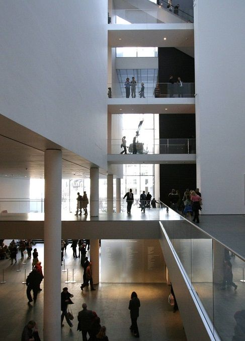 Skip The Crowds At New York S Popular Museum Of Modern Art And Instead Take A Private Tour Offered To A Small Number Of Guests Private Tours Are Led By A M 디자인