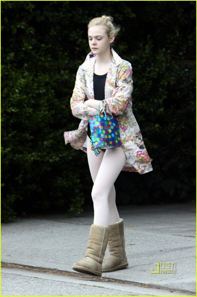 a6830e2c6 Elle Fanning  Ballet Class - elle-fanning Photo