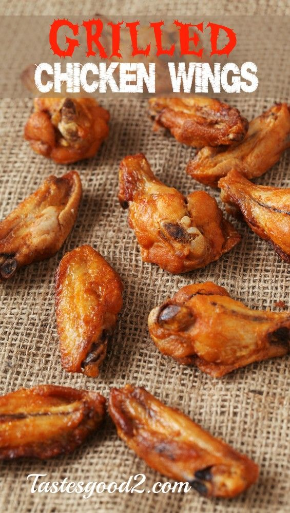 Chicken Wings Marinated In Buttermilk Before Being Pressed Into A Cayenne Garlic And Thyme Spiked Cracke Crispy Fried Chicken Wings Chicken Wings Food Recipes