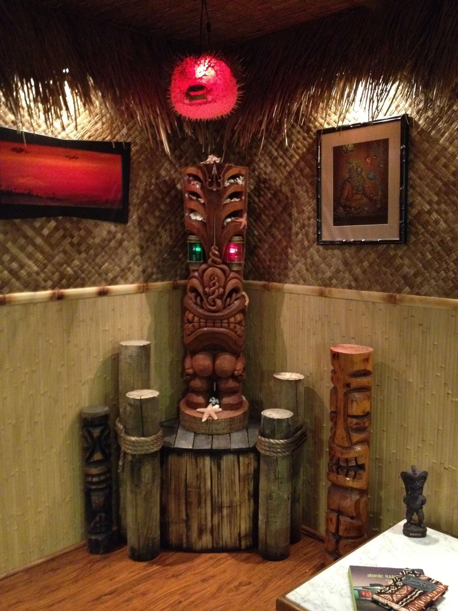 Tiki bar decor at home -- readers photos of their tiki style ...